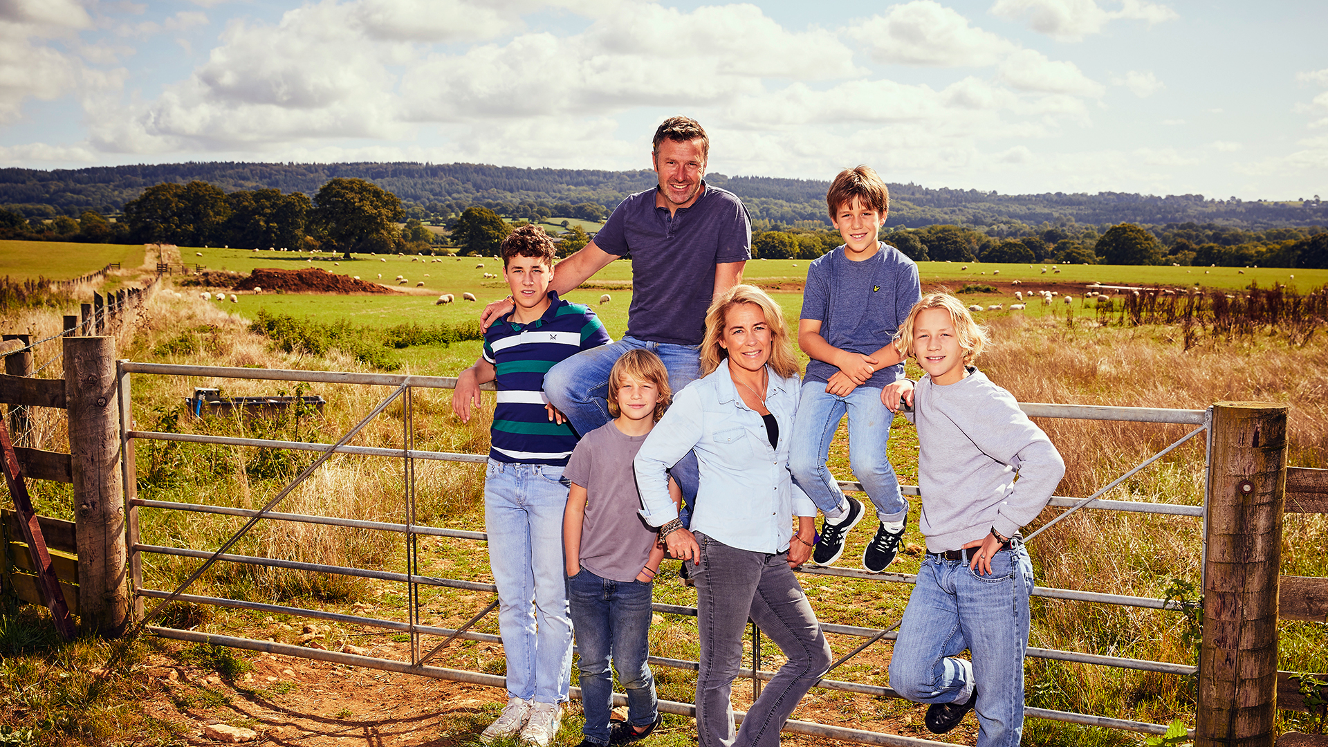 Sarah Beeny's New Life in the Country